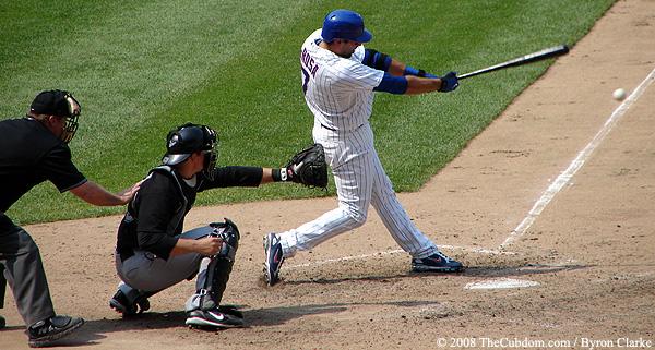 Mark DeRosa hits the ball