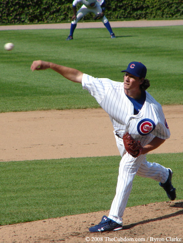 Jeff Samardzjia pitches for the Cubs