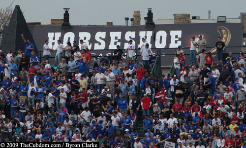 Horseshoe Casino ad on building at Wrigley Field