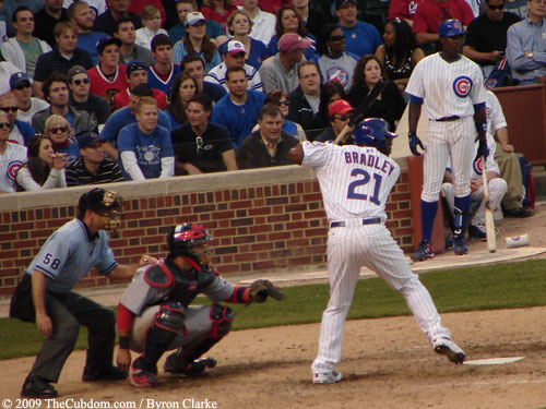 Milton Bradley batting at Wrigley Field